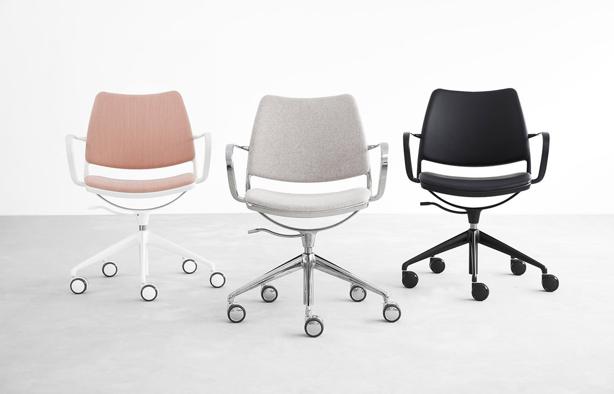 Stua Gas Swivel Chair With Castors