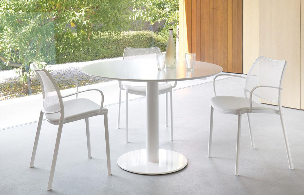 Mesa redonda de diseño Zero de STUA