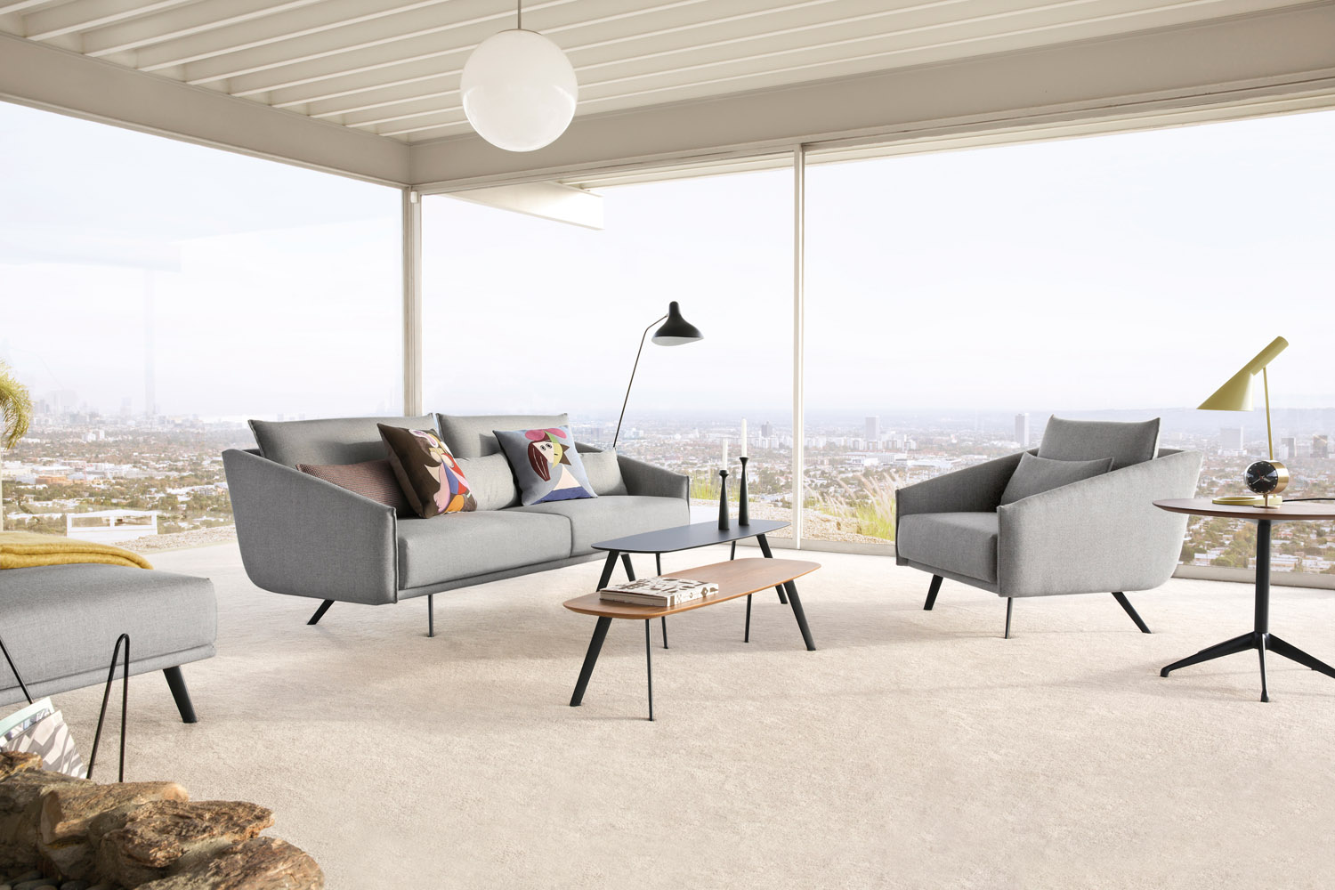 Los Angeles Stahl House with Costura sofa and Solapa tables