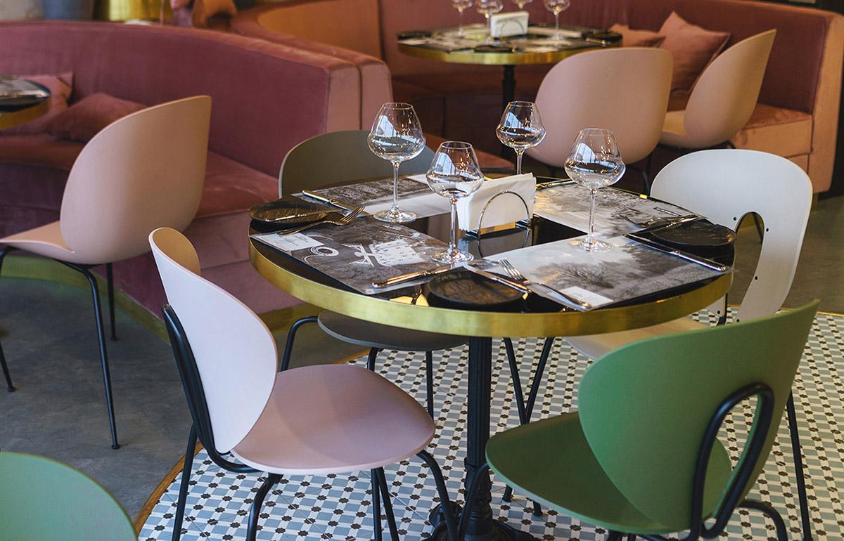 Brioche Bistro In Misk With Globus Chairs