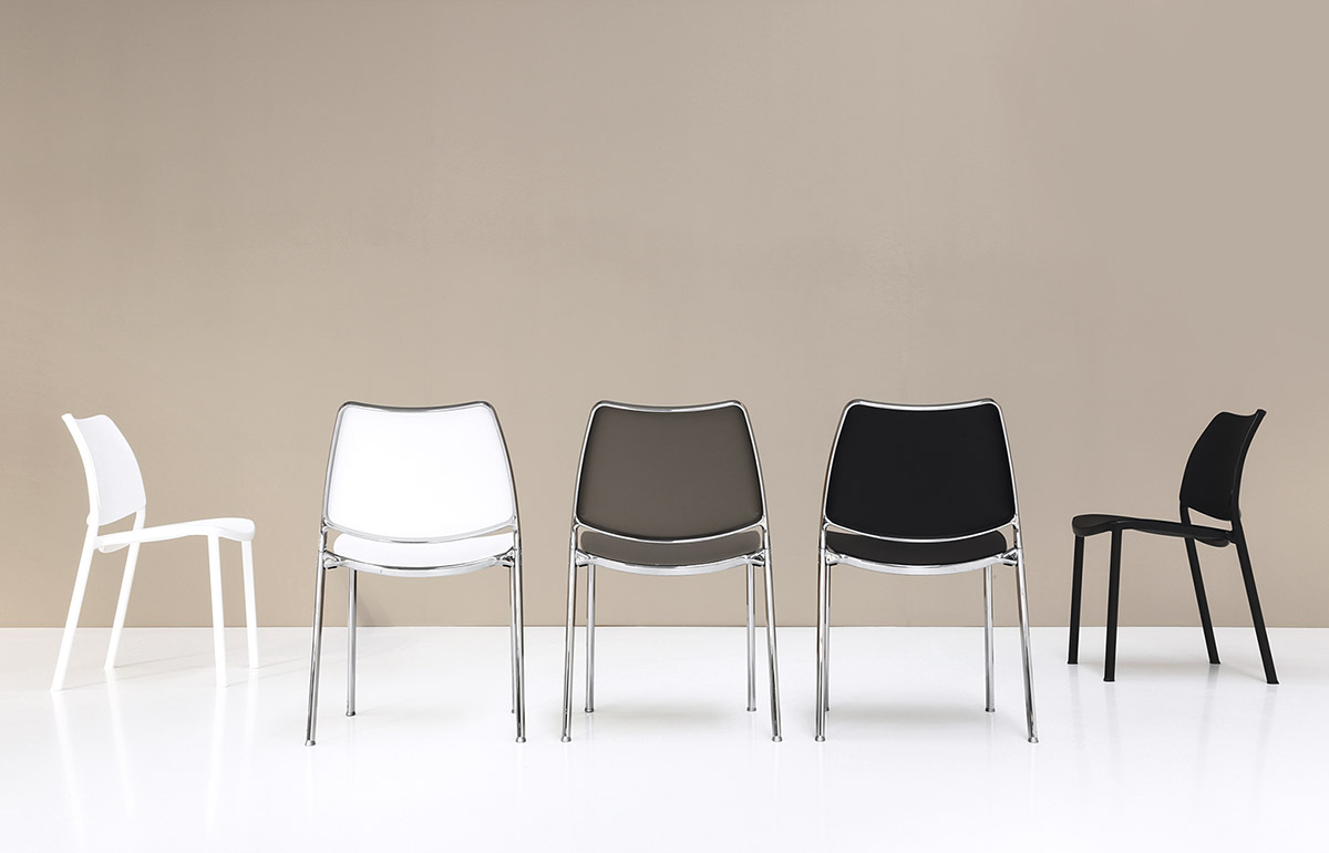 Just Design Stoelen.Stua Gas Chair Comfortable Stacking Design