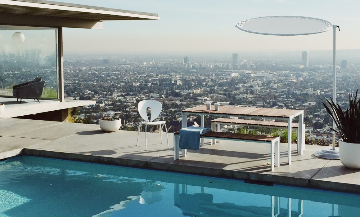 Stahl House LA with STUA Deneb table for outdoor