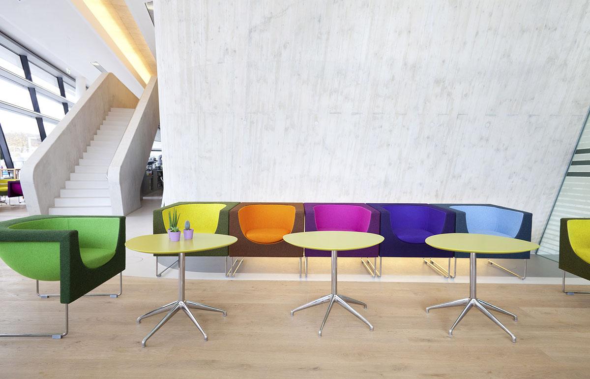 Stua Zaha Hadid Proyecto Universidad De Viena # Muebles De Zaha Hadid