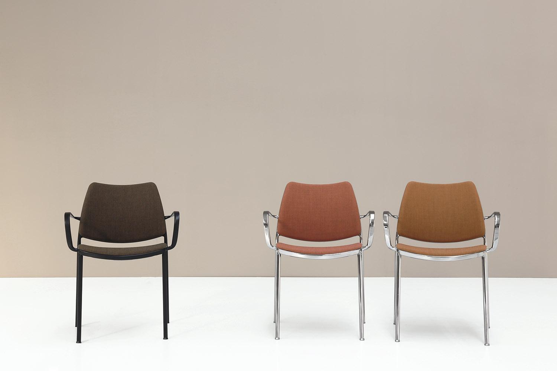 Stua Gas Chair Comfortable Stacking Design
