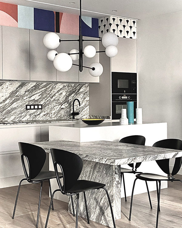 Kitchen by Mikel Irastorza with STUA Globus chairs